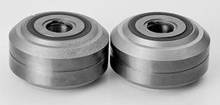 Tungsten carbide wire rolls